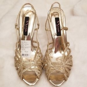 New Nina New York Gold Open Toe Heel 9.5